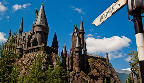 Harry Potter Fans Can Now Attend Hogwarts in Real Life ...