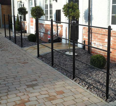 Heavy Wrought Iron Metal Garden Fencing / Steel Estate ...