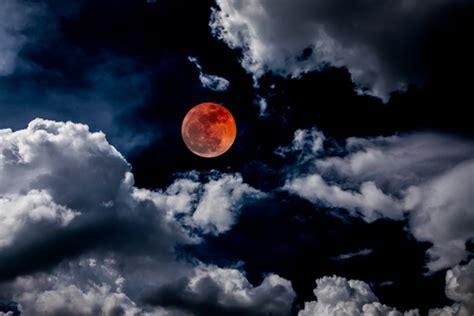 Hechizos Efectivos En Luna Llena   Muerto de amor