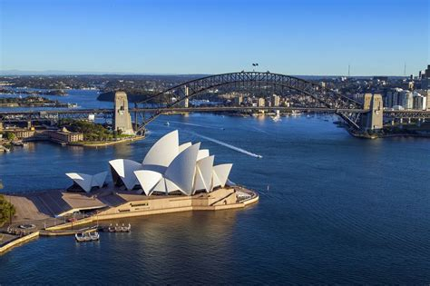 Helicopter Flight Over Sydney Harbour   Book Your Tour!