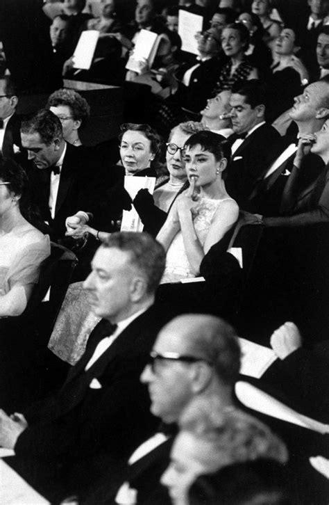 Hepburn at the Oscars : audreyhepburn