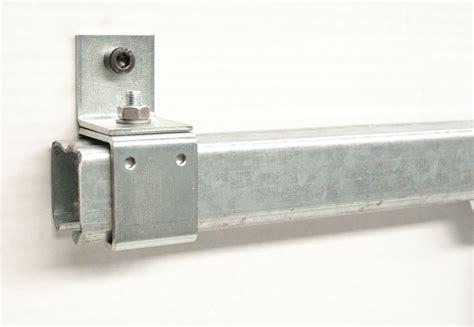 Herrajes puertas correderas industriales | Herrajes para ...