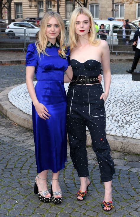 Hey, Look! It s the Fanning Sisters, Together Again   Go ...