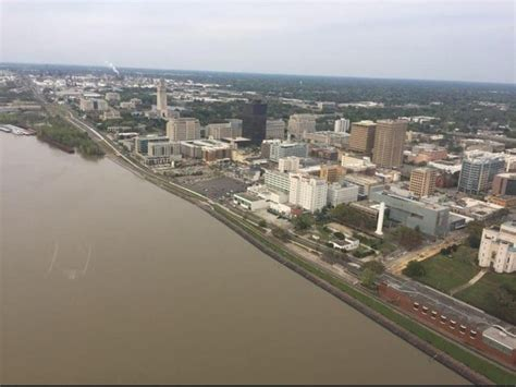 High waters of Mississippi River halting projects in ...