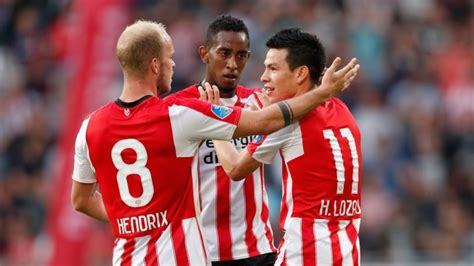 Hirving Lozano Scored His First PSV Goal In His League Debut
