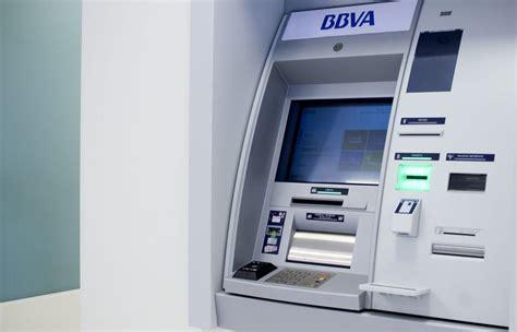 Historia de los cajeros automáticos | BBVA
