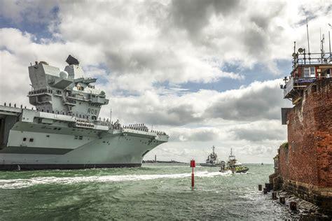 HMS Queen Elizabeth sails for landmark F 35 trials