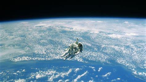 Hombre en el espacio: 7 curiosidades que te sorprenderán