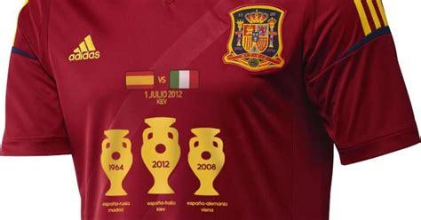 Homenaje a la selección española de fútbol de ayer y de ...