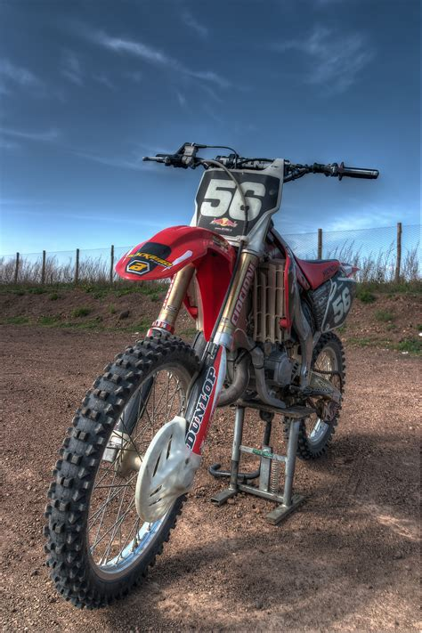 honda 125 motocross   HDR creme
