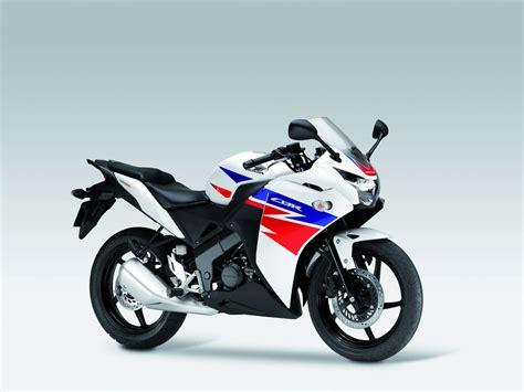 Honda CBR 125   125 ccm.pl