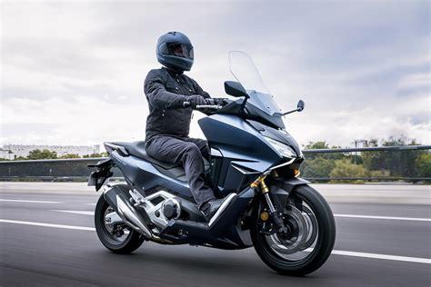 Honda Forza 750 2021: el maxiscooter con 58 CV y sustituto ...
