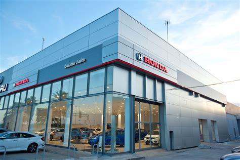 HONDA INAUGURA CENTER AUTO, NUEVO CONCESIONARIO OFICIAL EN ...