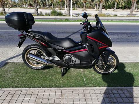 Honda integra 750 cc. de segunda mano por 6.000 EUR en ...
