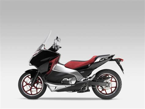 Honda Working on a Scooter/Motorcycle Hybrid for the US ...