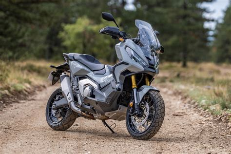 Honda X ADV 2021: más potencia, tecnología y nuevo diseño ...
