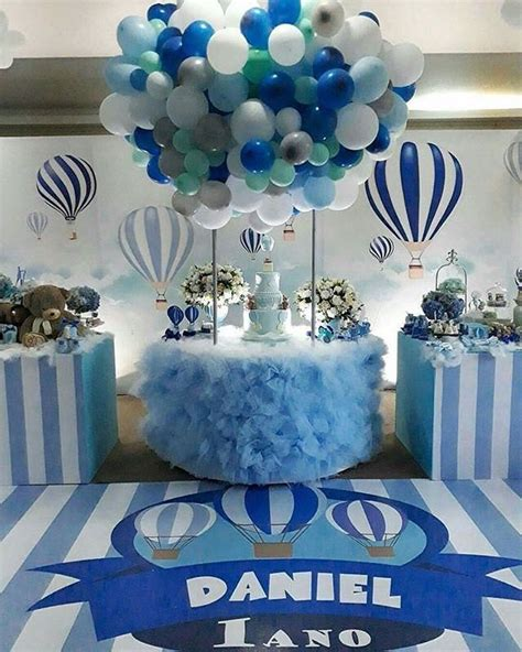 Hot Air Balloon Theme Shower | Baby Showers | Baby shower ...