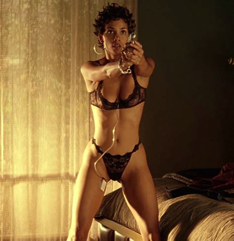 HOT & SEXY – HALLE BERRY [#Photography] – Real Life ...