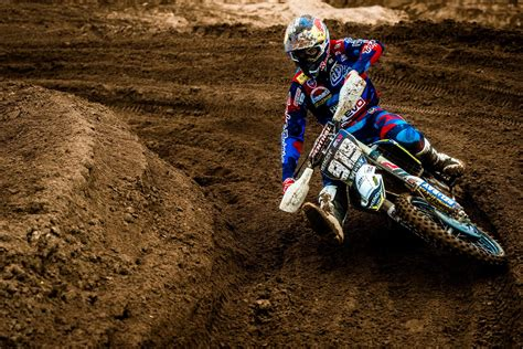 How to get into motocross: 7 tips for starting MX