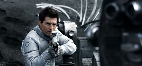 How Tom Cruise Cast Himself in an Unlikely Role With NASA ...