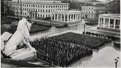 Huellas del pasado nazi de la Königspaltz de Múnich ...