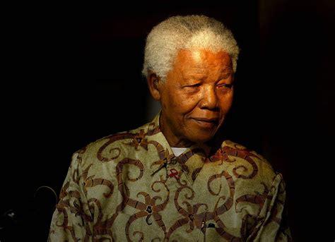 Hundreds  remember  Nelson Mandela dying in the 1980s ...