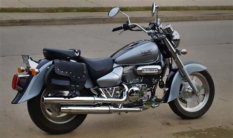 Hyosung Hyosung Aquila 250   Moto.ZombDrive.COM