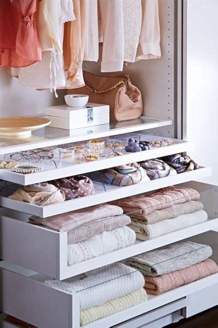 Ideas de almacenamiento armario mirar compartimiento ...