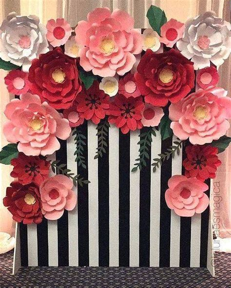 Ideas para decorar con flores de papel   Como hacer flores ...