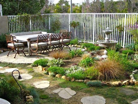Ideas para decorar tu jardín en invierno | Decoora