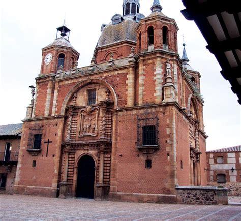 """Iglesia de San Carlos del Valle. El """"Vaticano de La Mancha ..."""
