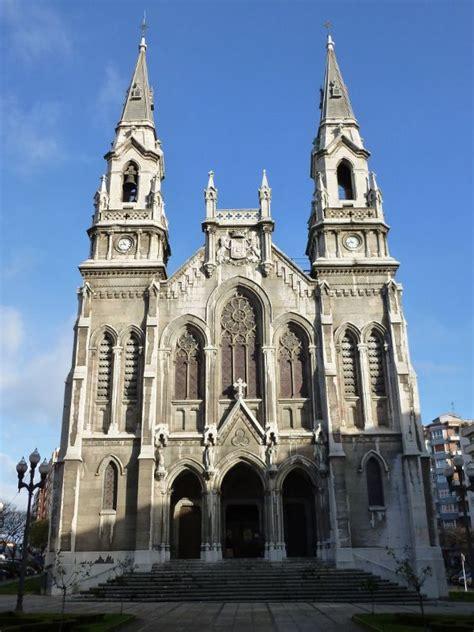 Iglesia Nueva de Santo Tomás de Canterbury  Avilés ...