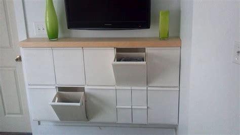 Ikea hack: Recibidor con contenedores de reciclaje Retur ...