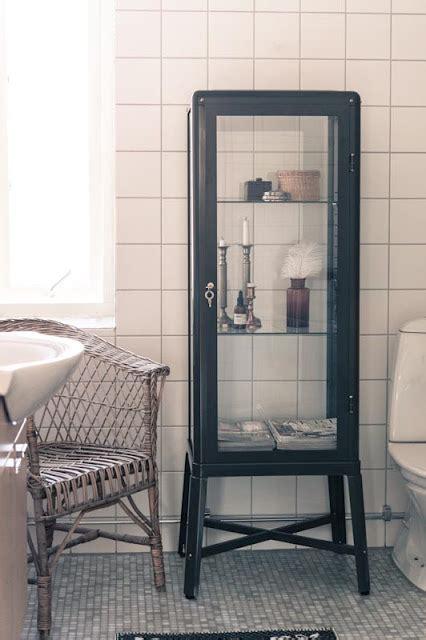 Ikea se apunta a la moda de las vitrinas de médico ...