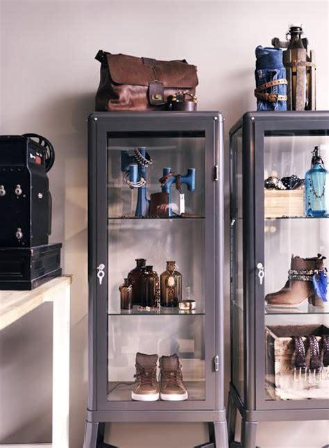 Ikea se apunta a la moda de las vitrinas de médico   Paperblog