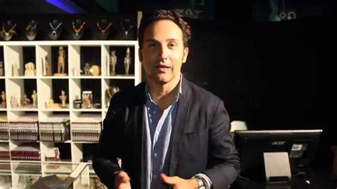 Iker Jimenez nos manda un saludo EMB   YouTube