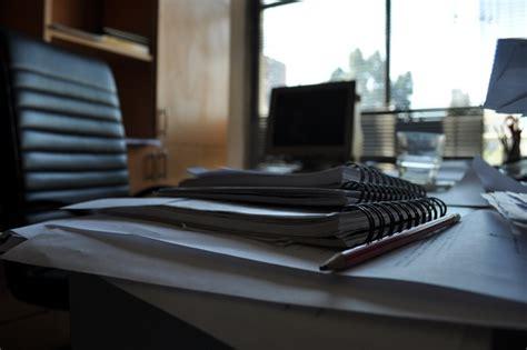 Imagen de oficina, interior, escritorio, trabajo, comercio ...