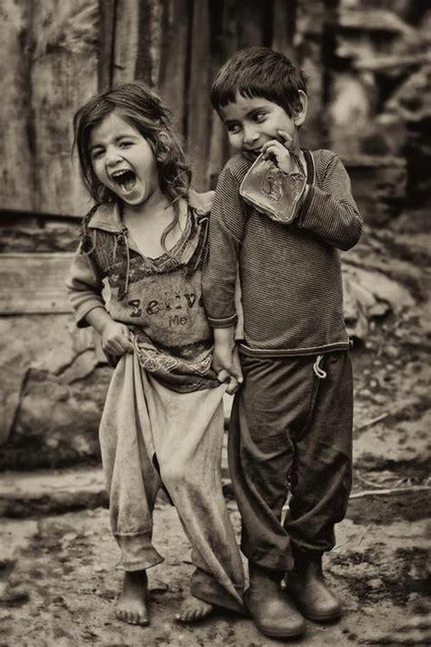 IMAGENES DE AMOR: FOTO DE NIÑOS POBRES CONTENTOS