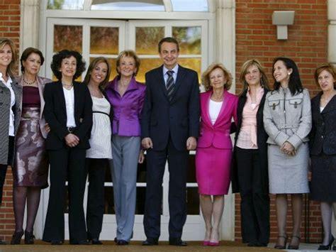 Imágenes de la Historia: Ministras de Zapatero.