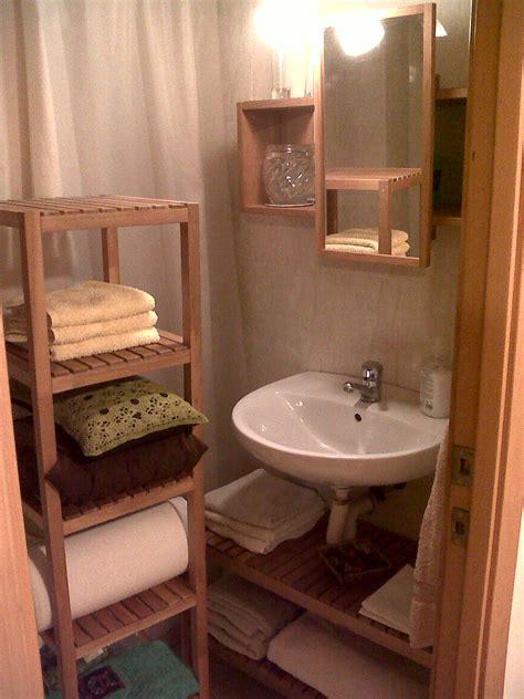imagenes de muebles de madera para baño