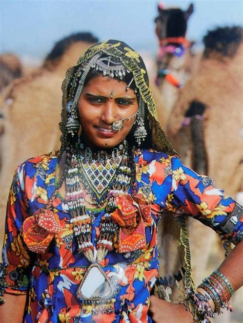 India   Rajasthani. | Rajasthan clothes, Traditional ...