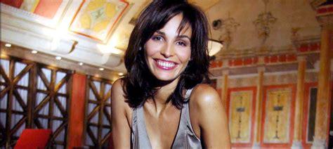 Inés Sastre: 40 años y casi 40 hombres