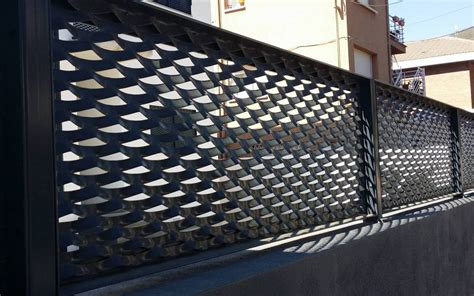 INMAVA   Valla de metal expandido  deployé