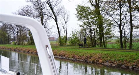 Inshore boat delivery, Part 2: Sailing the Canal