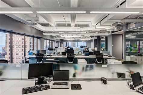 Inside Initiative's Stylish Chicago Office   Officelovin
