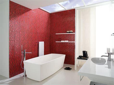 Inspiración para cuartos de baño en rojo. Decoración del ...