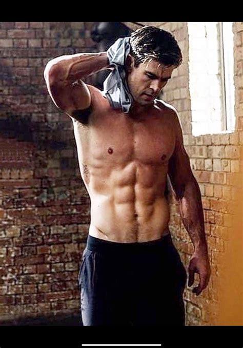 Inspírate en el gym con Chris Hemsworths, esta es su ...
