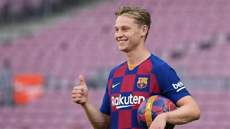 Inspired by Johan Cruyff, Frenkie de Jong keen to make ...