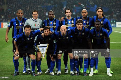 Inter Milan line up during the UEFA Champions League ...