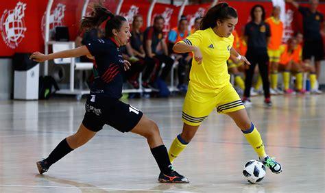 Interesante ensayo de la Sub 18 Femenina de Fútbol Sala ...
